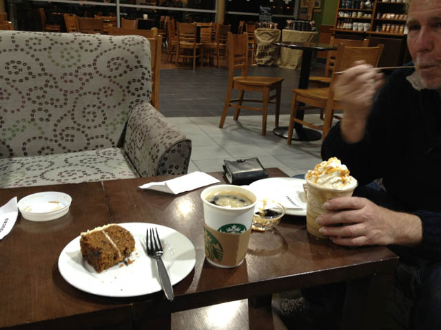 G7HJK and G6NHU stopped for coffee and cake on the way home