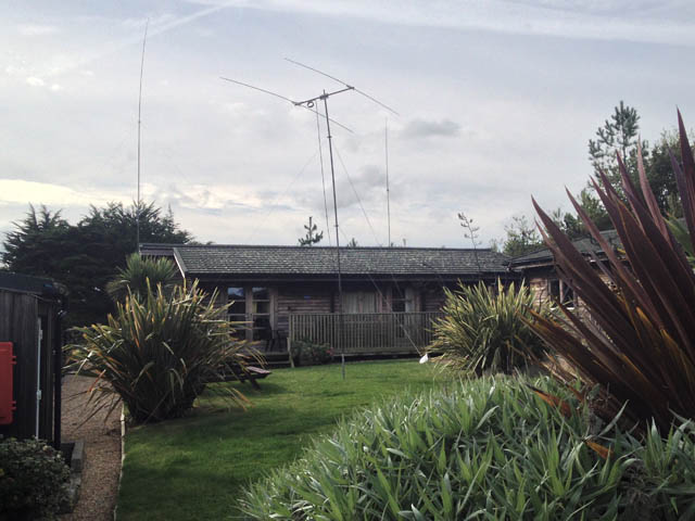 The cabin with the 10m, 80m and 40m aerials visible