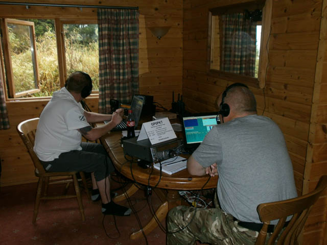 Yan M0YNK on 40m and Chris 2E0DBY on 10m