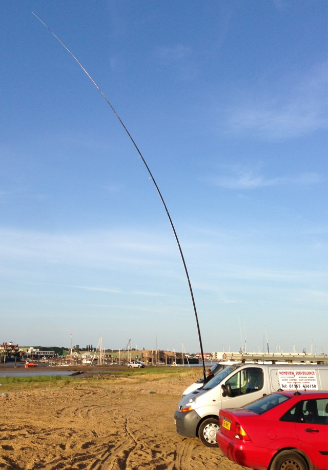 The 18m Spiderpole with the 80m vertical and no guy lines